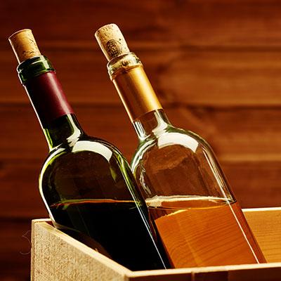 Csapat Cuvée - készítés Csapatverseny szórakoztató játékokkal, a végeredményt pedig palackban zárva haza vihetik a résztvevők.