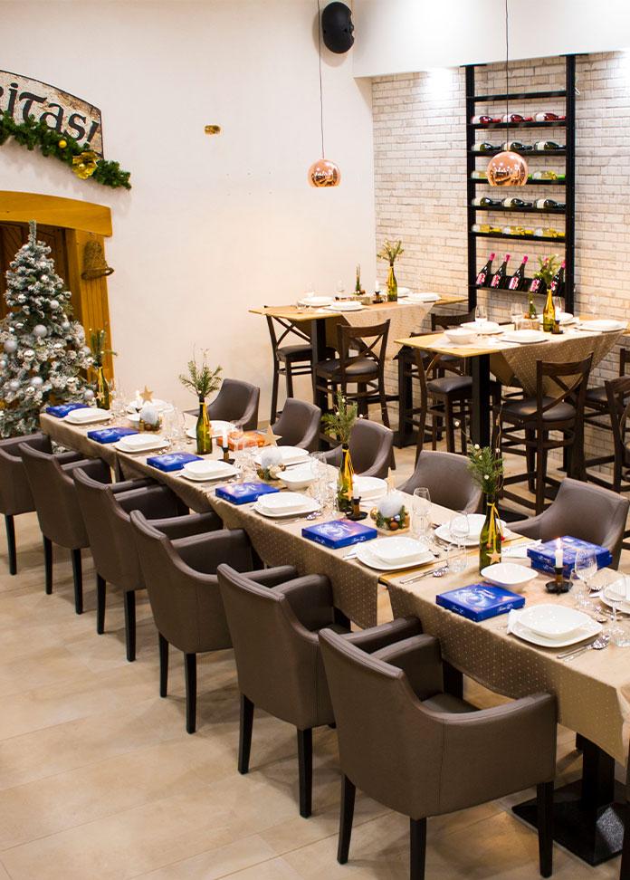 karácsonyi céges évzáró party Móron, a Paulus Bormúzeum Étteremben